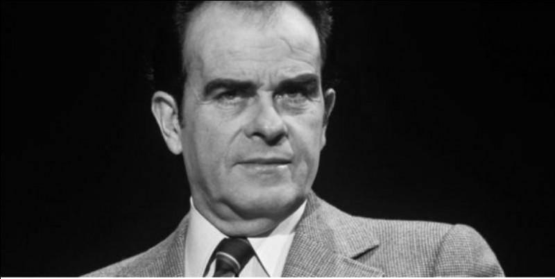 Il est en train de prendre les rênes du PCF, devenant secrétaire général adjoint en 1970 ; il va conduire les discussions avec le Parti Socialiste qui vont aboutir au Programme Commun de la gauche en 1972 : c'est ...