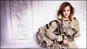 Qui est l'égérie de la marque de luxe Burberry ?