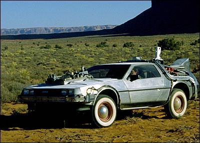 Dans l'épisode 3, où part la DeLorean?
