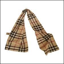 Cochez la marque de cette écharpe !