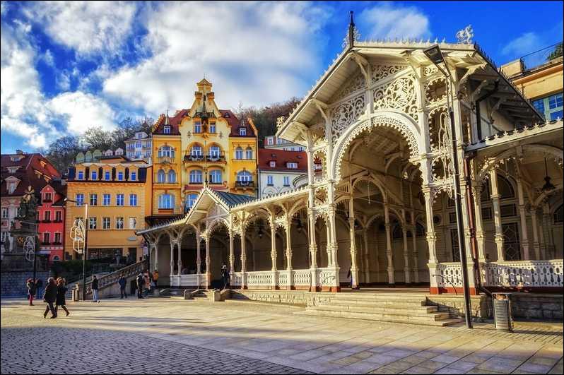 Karlovy Vary ou Carlsbad : les bains de ...