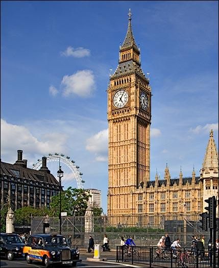Combien pèse la grande cloche Big Ben ?
