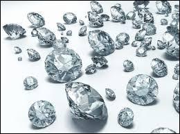 Quelle ville belge est notamment connue pour ses diamantaires ?