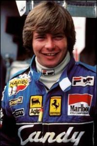 Ce pilote automobile, vainqueur de 24 heures du Mans avec Renault en 1978, vice-champion du monde des pilotes de Formule 1 en 1982 avec Ferrari, c'est ... Pironi.