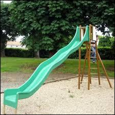Ce jeu de plein air pour les enfants s'appelle un...