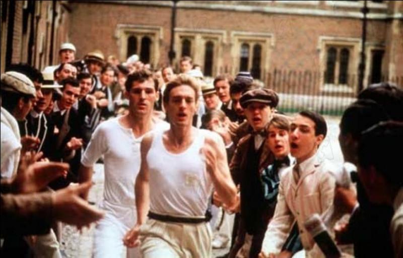 Quel est ce film, sorti en 1981, qui s'inspire de l'histoire de deux athlètes britanniques concourant aux Jeux Olympiques d'été de 1924 ?