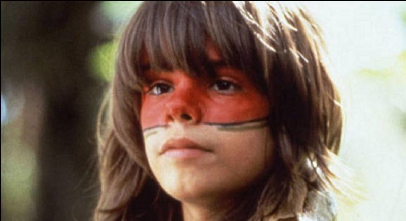 Dans le film ''Un Indien dans la ville'' sorti en 1994, quel est le nom du petit garçon?