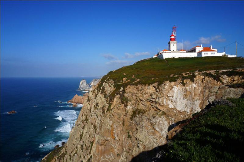 Quel est le nom de ce cap portugais qui forme l'extrémité occidentale du continent européen ?