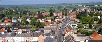 Ville des Hauts-de-France, dans l'arrondissement d'Avesnes-sur-Helpe, Berlaimont se situe dans le département ...