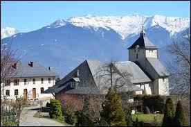 Nous sommes en Auvergne-Rhône-Alpes, à Cléry. Commune de l'arrondissement d'Albertville, elle se situe dans le département ...