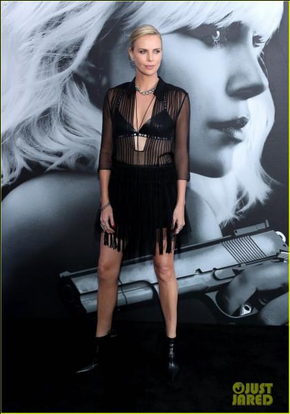Dans quel film réalisé en 2017, admire-t-on la belle Charlize Theron ?