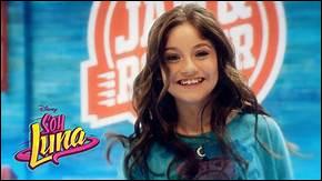 Quel âge a Luna au début de la série ?
