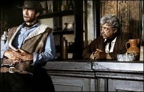 Quel film clôture la trilogie du dollar de Sergio Leone ?