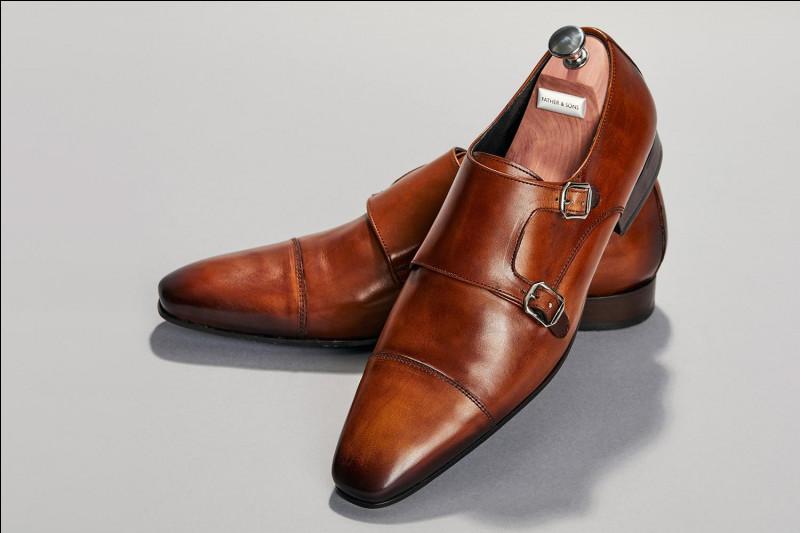 Weston est une entreprise de chaussures de luxe anglaise.
