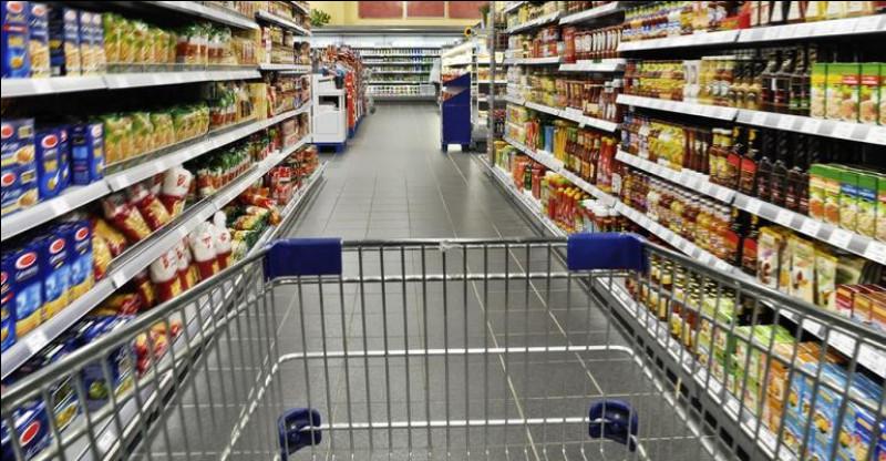 Pas besoin de sortir de la base pour faire quelques courses ou acheter des souvenirs. Ce lieu est...