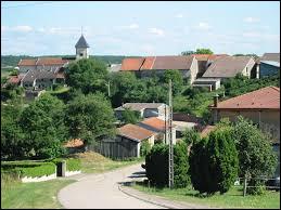 Nous terminons notre balade dans les Vosges, à Saint-Genest. Nous nous trouvons dans l'ex région ...