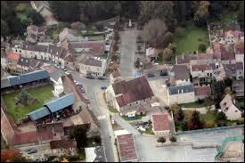 Ville francilienne, dans la Grande Couronne, Chaumontel se situe dans le département ...