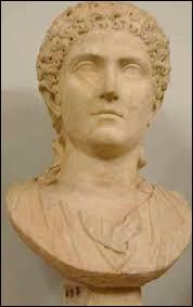 Quel est le nom du fils de l'impératrice romaine Agrippine ?