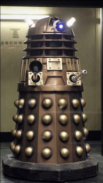 Quelle est la planète natale des Daleks ?