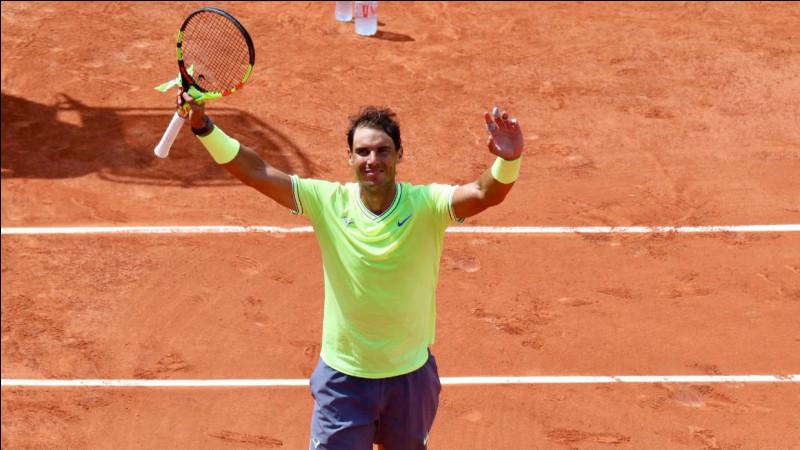 """En combien de points se joue au minimum un """"tie-break"""" au tennis ?"""