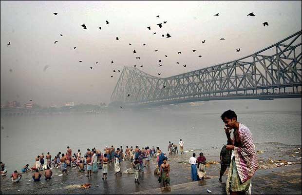 Laquelle de ces villes indiennes se trouve sur le delta du Gange ?