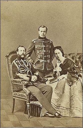 Dans l'histoire, il est appelé « le Libérateur », à cause de ses réformes sur l'abolition du servage : il était également grand-duc de Finlande et roi de Pologne jusqu'en 1867, date à laquelle elle fut annexée.Nommez celui qui malgré ses grandes réformes libérales qui ont été mises en place, fut assassiné, le 1er mars 1881.