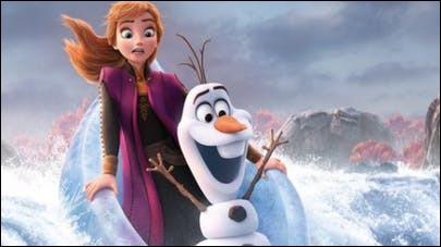 De son côté, Anna est perdue, tout comme Kristoff qui est séparé d'elle. Mais qu'arrive-t-il à Olaf ?