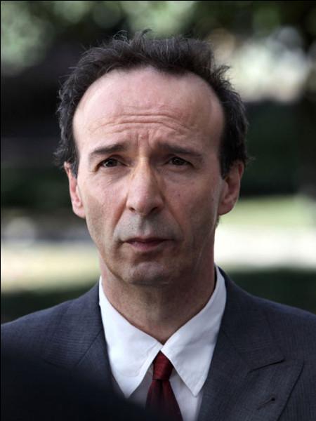 """Cet acteur et réalisateur italien a remporté en 1999 l'Oscar du meilleur acteur et du meilleur film en langue étrangère pour """"La vie est belle"""". C'est ... Benigni."""
