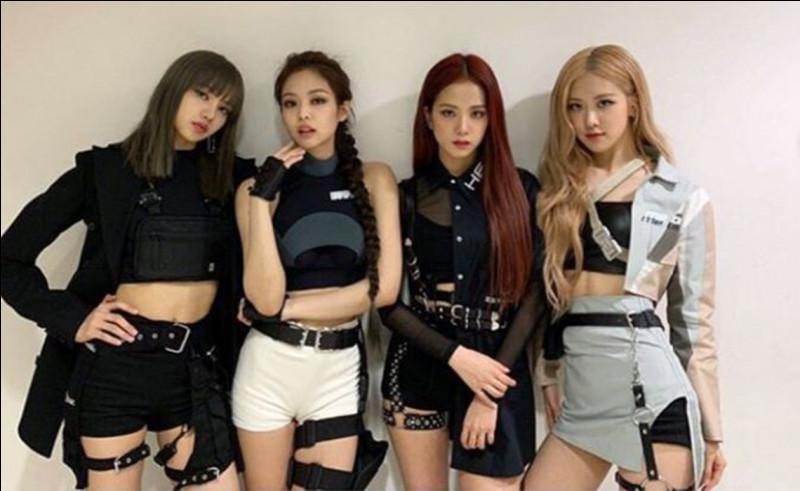 Qui est la plus âgée du groupe ?