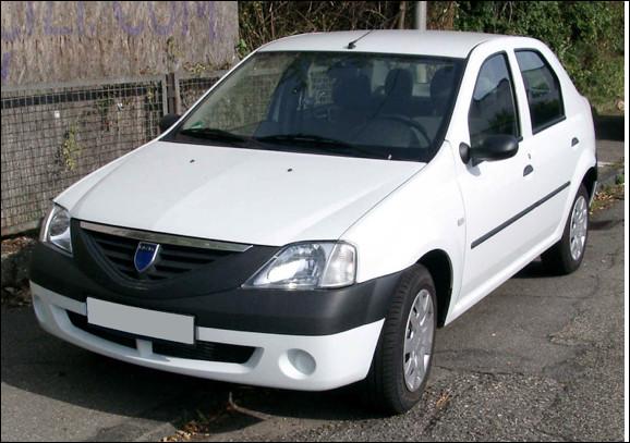 Quel est ce modèle d'automobile économique du groupe Renault vendu en Europe sous la marque Dacia ?