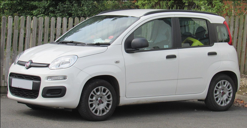 Quel est ce modèle de voiture citadine construit par Fiat ?