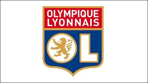 Combien de titres, l'Olympique lyonnais a-t-il remportés lors de la décennie 2000-2010 ?