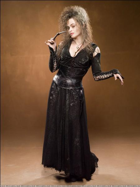 Des années plus tard, on découvre que Bellatrix Lestrange a eu une fille avec...