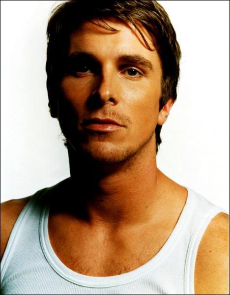 Christian Bale est dans la saga :