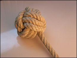 Quel est le nom de ce nœud marin en forme de boule ?