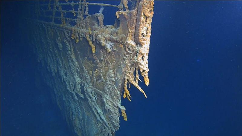 A quelle heure a coulé le Titanic?