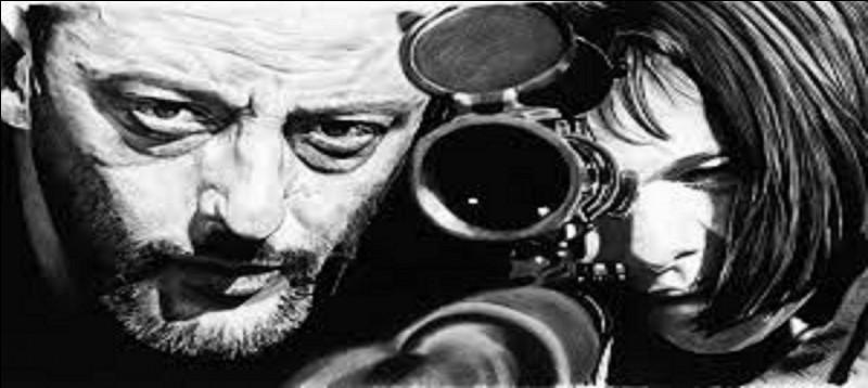 Léon est le titre d'un film dans lequel Jean Reno tient le rôle titre.