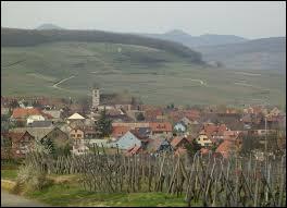 Village viticole du Grand-Est, au sein du parc naturel régional des Ballons des Vosges, Orschwihr se situe dans le département ...