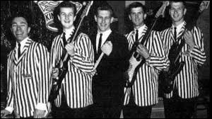 Les Kingsmen ont fait une reprise de ''Louie Louie''. Ce tube a été créée en 1956 par un chanteur qui s'appelle comme l'acteur français ayant incarné Alexandre Agut dans ''Pédale douce''. Quel est son nom ?