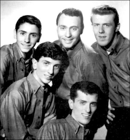 Randy & the Rainbows ont chanté ''Denise''. Quel groupe a fait une reprise intitulée ''Denis'' en 1978 ?