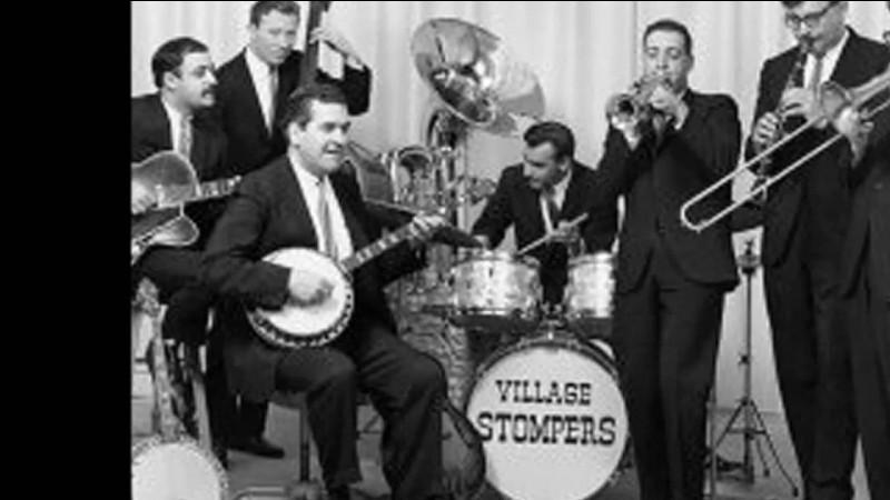 """""""Washington Square"""" est un morceau instrumental du groupe The Village Stompers. Le Washington Square Park se trouve à New York dans le quartier appelé --------------."""