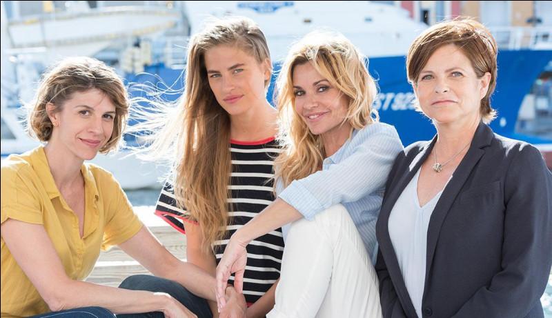 Quel est le nom de famille de Victoire et Sandrine ?
