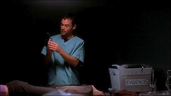 Numéro 8 : Ari prend Kate, Ducky et Gérald en otage dans la salle d'autopsie. Quel est le titre ?
