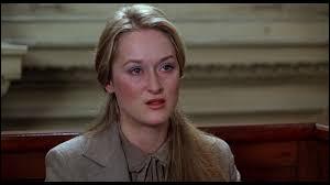 """Merryl Streep, un an après """"Voyage au bout de l'enfer"""", joue dans ce film le rôle d'une épouse perdue en pleine procédure de divorce, se déchirant avec son mari pour la garde de son fils :"""