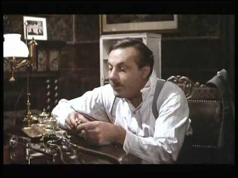 Après un début de carrière fait de nombreux rôles secondaires, Michel Serrault est au premier plan dans ce film de 1972 :