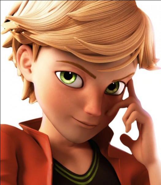 Combien de personnes aiment Adrien ?