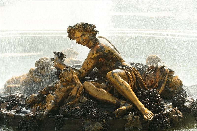 Dans la mythologie romaine, qui est le dieu de la vigne et du vin ?