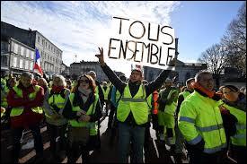 Quel mouvement contestataire est apparu le 17 novembre 2018 en France ?