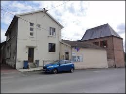 Commune Axonaise, Thenailles se situe en région ...