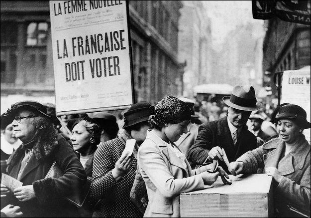 En France, le droit de vote des femmes fut proposé par :